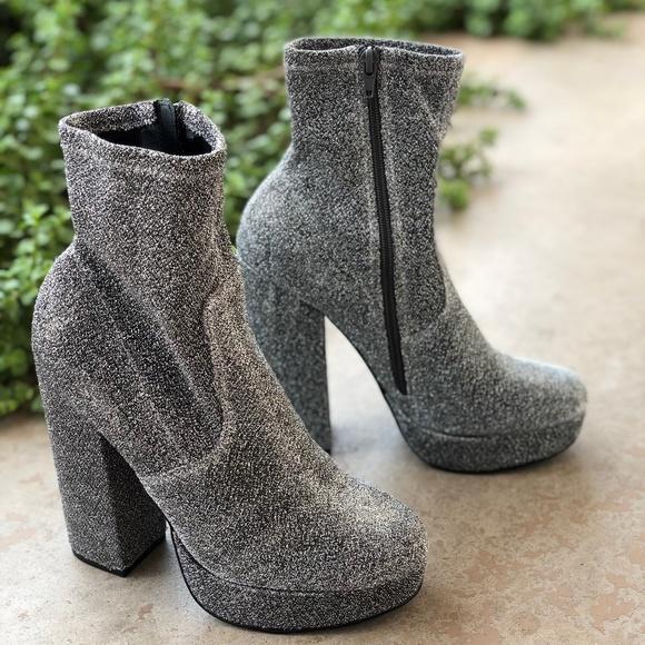 d42606a81a78 Steve Madden Stardust Platform Ankle Sock Booties.  M 5b7c6d652e14780cbe7ef700